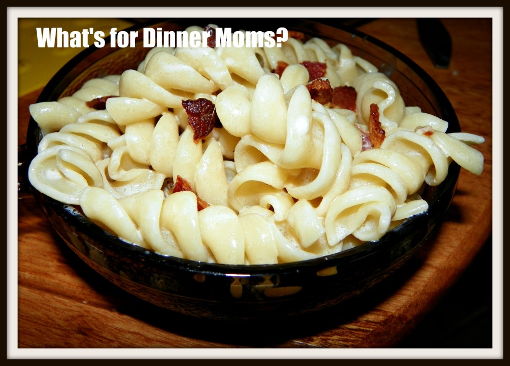 Bacon Macaroni and Cheese with Balsamic Onions