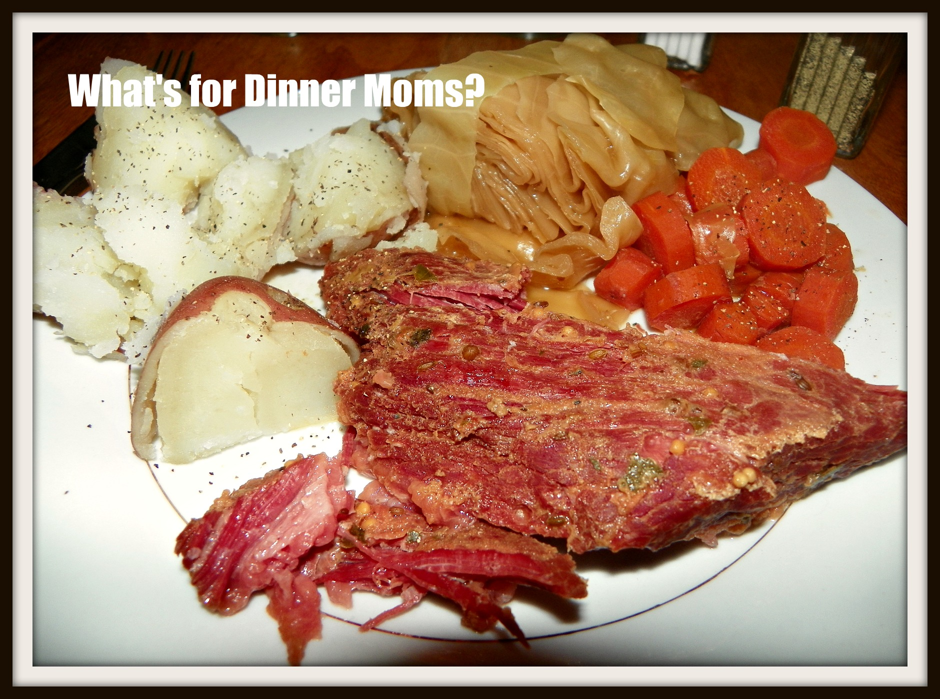 Slow Cooker Corned Beef and Cabbage Dinner | What's for ...