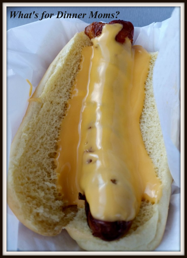 Weinerlicious - Hot dog with cheese