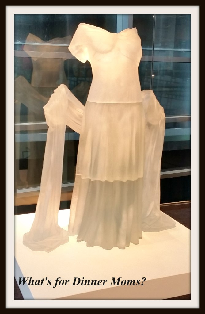 Corning Museum = Glass Dress
